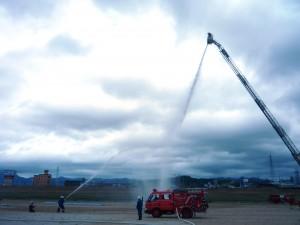 消防署の消火訓練の様子